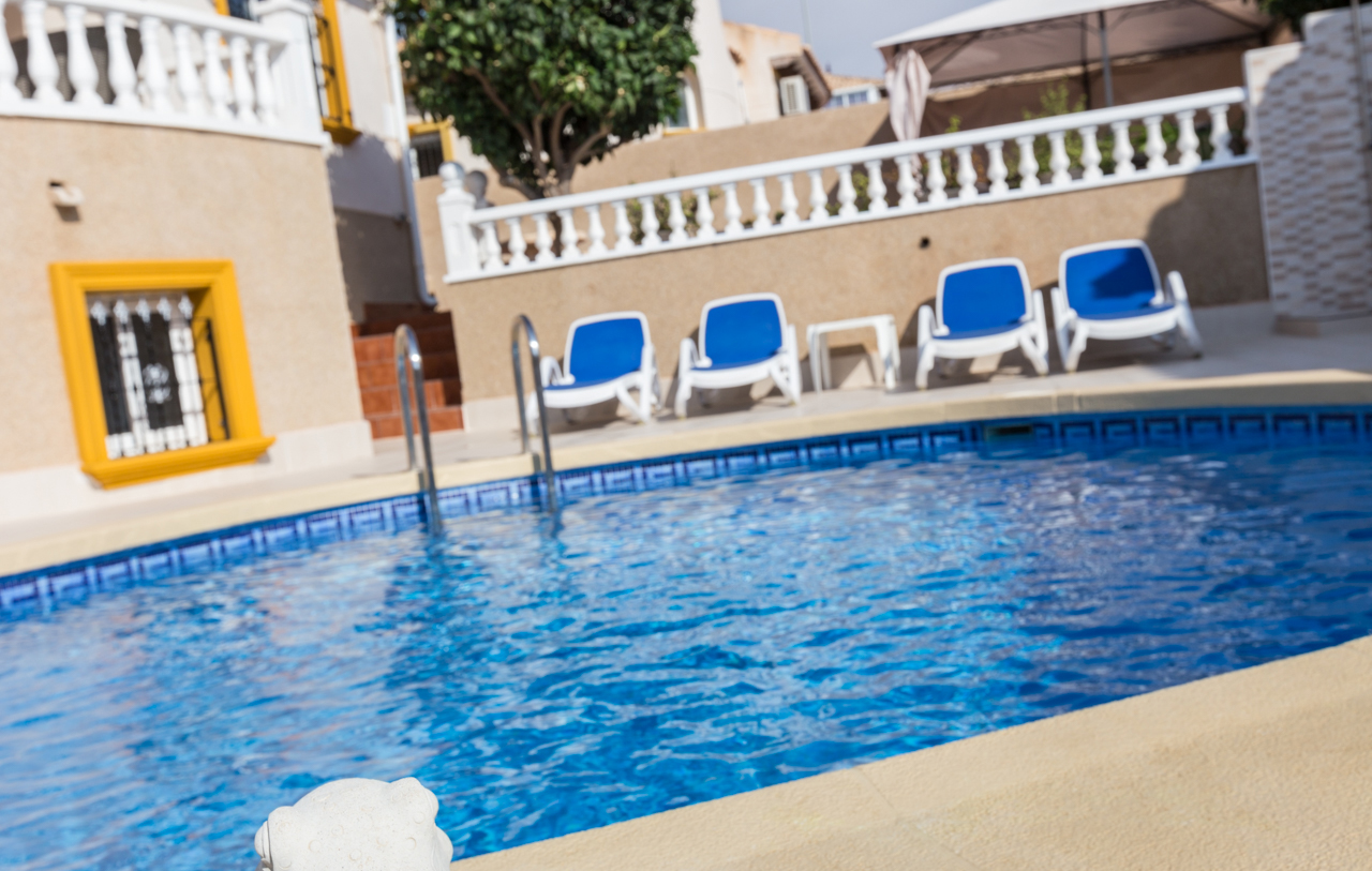 Long-term property rental service for homeowners in Spain