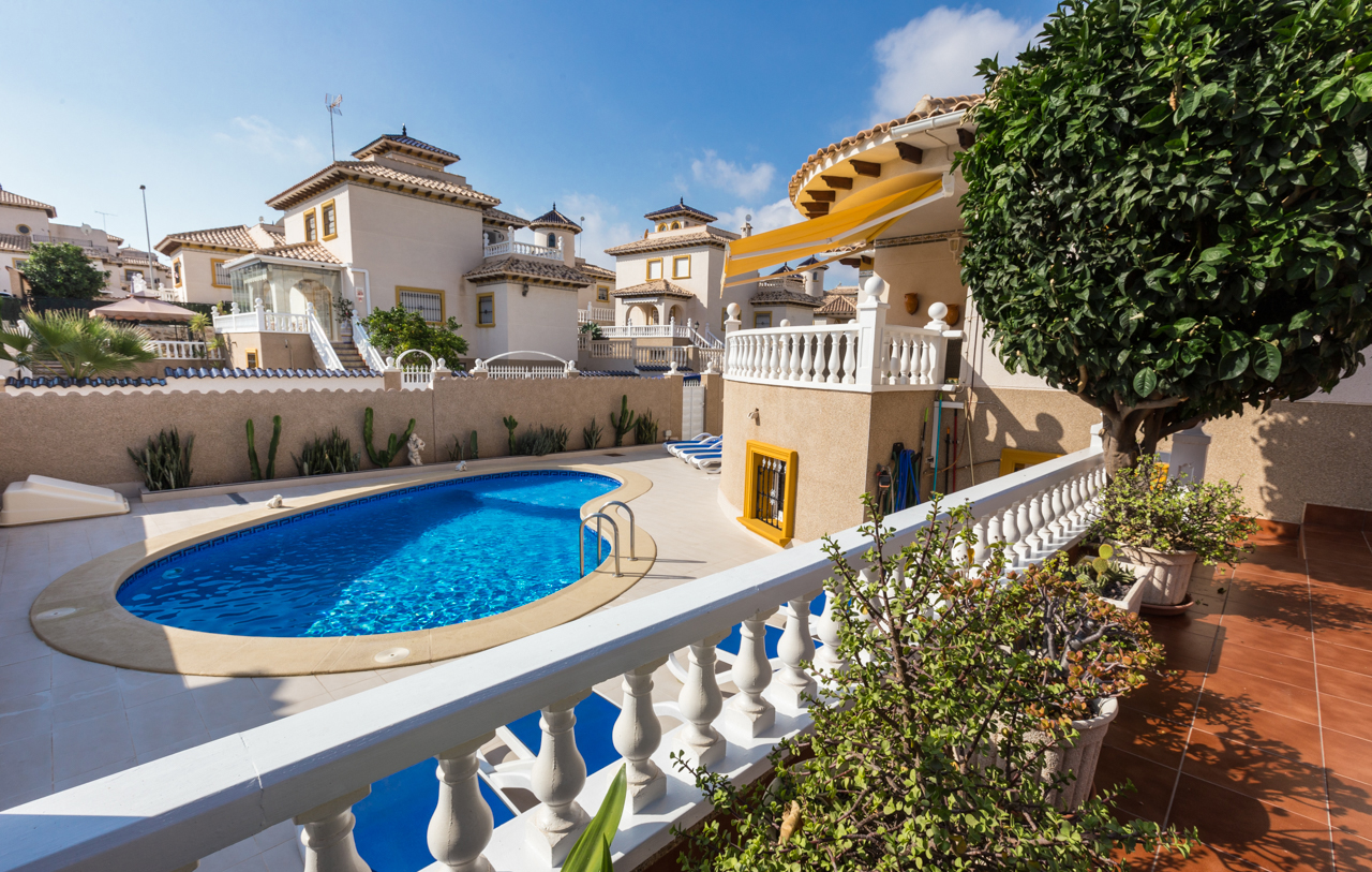 Property management service for homeowners in Spain